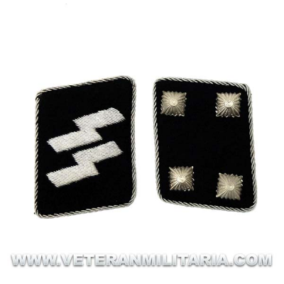 SS Officer's Rune collar patches Sturmbannführer