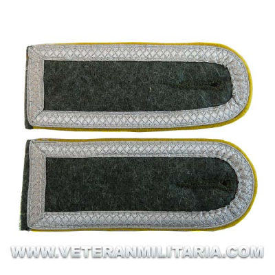M40 Shoulder Boards for Unterfeldwebel Cavalry