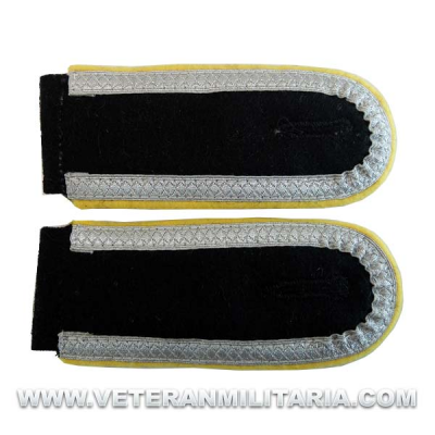 SS Unterscharfuhrer Shoulder Boards