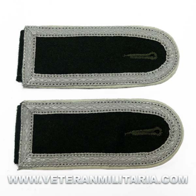 M36 Shoulder Boards for for Unterfeldwebel Infantry