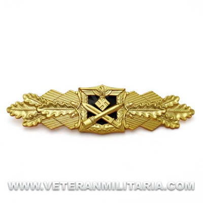 Close Combat Clasp in Gold