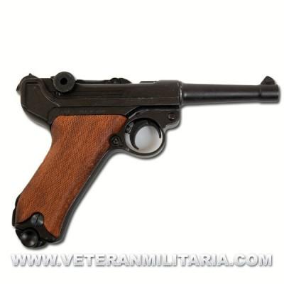 Pistola Luger P08. Denix