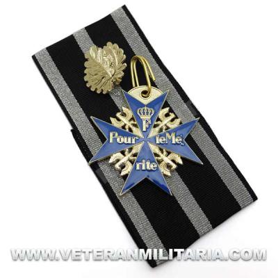 Pour le Mérite with Oak Leaves